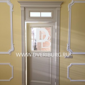 Межкомнатная дверь Е4 с фрамугой Серия E-classic
