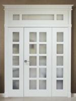 Двери с фрамугами - фото